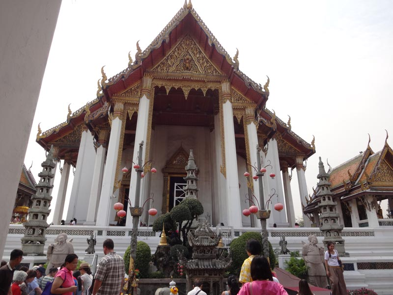 Wat Suthat Thepwaram  Temples In Thailand Pictures
